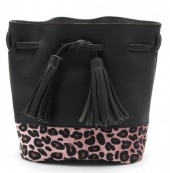 Q-M8.1  BAG202-007 PU Bag with Leopard print and Tassels 20x19cm Black-Pink