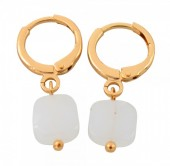 B-B6.5 E426-004 Earring 10mm with 8mm Glass Charm Gold