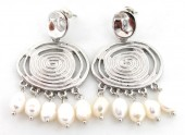 B-D21.1 E426-015 Earrings with Freshwater Pearls 40x30mm Silver