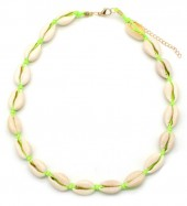 D-C21.3 N316-012 Choker Necklace Shells 37-43cm Bright Green