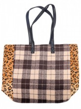 L-B7.2  BAG120-004 Large PU Shopper with Checkered Design and Panther Print 37x43cm